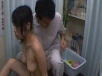 頼んでもないのに中国秘伝のおっぱいマッサージを施される美乳OL