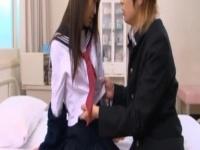 黒髪ストレートの清楚系制服JKの美少女と保健室でエッチ