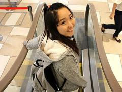 SNSで知り合った小柄で可愛らしい女子校生とデート後ホテルでハメ撮り!
