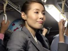 こんなおばさんを電車で触りまくりたい