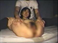 若い妊婦さん 水着姿で個人撮影 M字開脚エロい割れ目をパックリ広げて見せ...