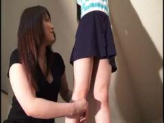 黒髪美少女のくすぐりテクニックが最高過ぎる動画