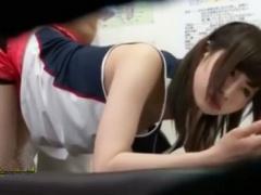 スポーツ系女子がエロマッサージ師の餌食になっていく様子を御覧ください