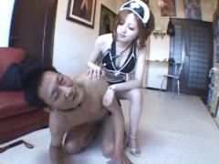 閲覧注意 小柄なキャバ嬢はドSでメイドコスでM男を好き放題踏みつける