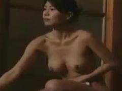 ヘンリー塚本 盲目の女性アンマ師が混浴露天風呂に入ってきてスレンダーボ...