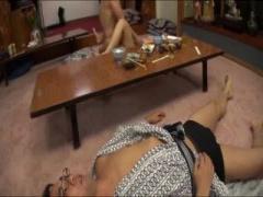 夫の目の前で泥酔している間に寝取られ中出しされる美人妻 NTR 温泉 旅行 ...