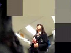 個人撮影 JK 盗撮 顔出し 激ヤバです 痴漢に狙われた可愛い女子校生が汗ば...