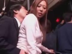 バス帰宅中の巨乳人妻をレイプ痴漢動画