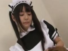 小悪魔痴女メイドの白ニーソ足コキで強制射精させられるM男動画