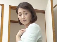 五十路 近親相姦 巨乳  ムラムラしてきたら手伝ってよ… 甥っ子に性処理を...