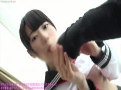 着衣度40 乃木坂みなお似の黒髪ロングのスタイルの良いセーラー服JKと生で...