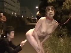 露出狂痴女 キタコレ! ! 変態女がところかまわず全裸でオマンコくぱぁwwエ...