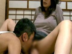 ヘンリー塚本 激カワ美熟女! 巨乳おっぱいな人妻熟女おばさんがベロキス 4...