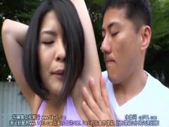 ショートカットのムッチムチ巨乳人妻がスポーツブラ付けたまま襲われる!