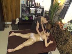 セレブエステ 巨乳人妻がエステの裏メニューを 日頃の疲れをレズプレイで