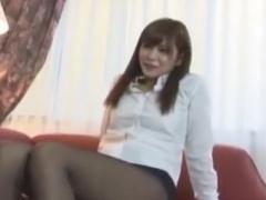 OL痴女のパンスト美脚足コキ責めに強制射精させられるM男動画