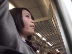 電車で痴漢されトイレでローター&バイブ攻めされるJK動画