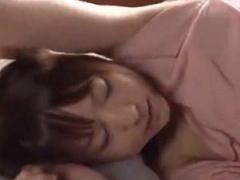 君の縄 美少女が寝起きに乳首をビンビンにし電マでオナニー痙攣イキでピク...