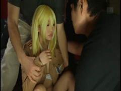 金髪コスプレイヤーが時間停止されセックスされる フェラ後背位されても止...