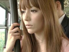変態男のターゲットにされてしまうハーフ美女、バス車内で無理やり犯される