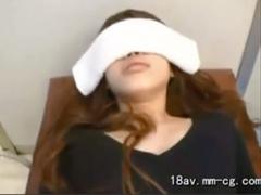 ※ヤバイやつ めっちゃ中出しされてる女性ww悪徳医者が一般患者に目隠しさ...