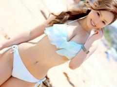 海ナンパ  凄い出たねぇ~! ビーチで声を掛けた巨乳ビキニ美女が童貞君の...