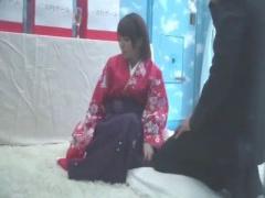 成人した瞬間にミラー号出演決定www袴美少女が騎乗位でww マジックミラー...