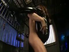 潜入捜査に失敗して悪党に捕らえられ拘束輪姦集団セックスで陵辱される美...