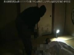 ヘンリー塚本 手鏡でバイブオナニーする昭和の貧乳人妻