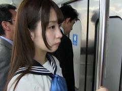 女子校生 激カワ美少女! スレンダーで可愛いJKw 女子校生が痴漢 桜木優希音!