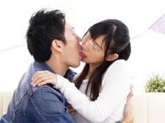 舌入ってきた… 初対面の大学生男女がキスのみで完落ちするのか検証する企画