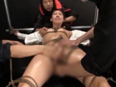 緊縛された巨乳痴女を痙攣絶頂させる快楽拷問!