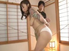 SM 入れ墨入った人妻美女が緊縛拘束され股縄でマンコをすりすりしまくって...