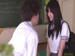 高橋しょう子 巨乳グラドル転校生から突然の告白! そのまま教室でエッチに...
